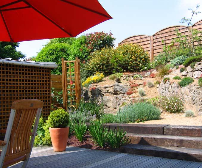 Un jardin de ville daniel paysage - Amenagement petit jardin de ville angers ...