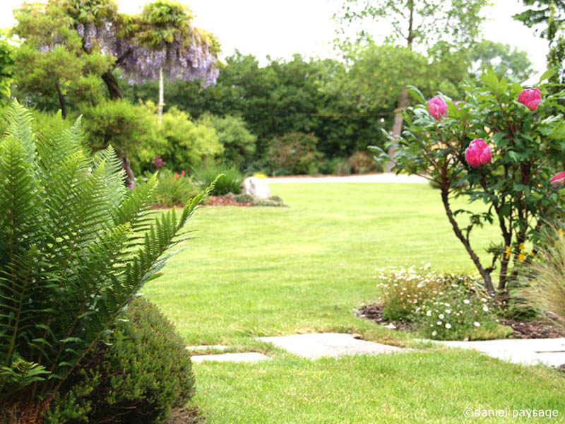 travaux de jardin top pot en fonte pour jardin best of jardin la maison aux travaux hd. Black Bedroom Furniture Sets. Home Design Ideas