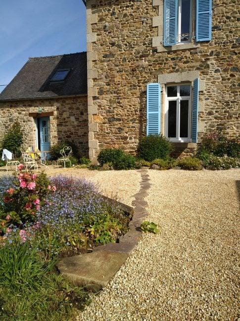 Le jardin une pièce à vivre allée carrossable